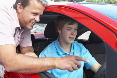 driving_instructor_400_01